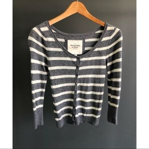🍁🍂Abercrombie & Fitch 3/4 Sleeve Cardigan🍂🍁
